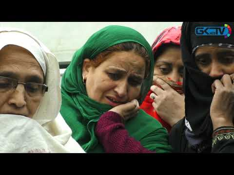 Missing student: Worried family protests in Srinagar to seek his whereabouts