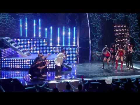 Becky G feat J Balvin - Can't Stop Dancing (Live) PJ2015