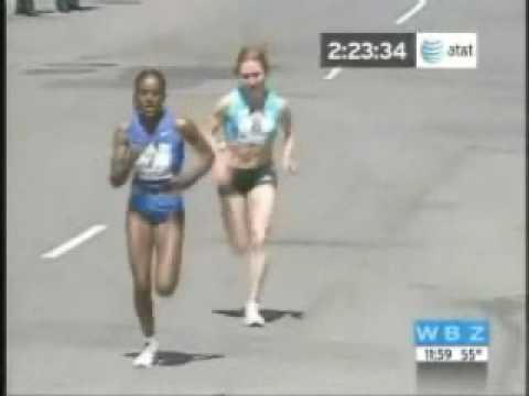 Lo splendido finale della maratona femminile di Boston 2008