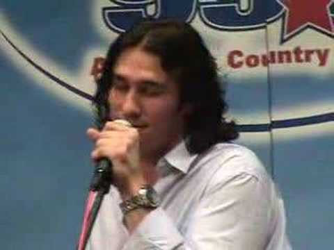 "Joe Nichols Sings ""Tequila Makes Her Clothes Fall Off"""