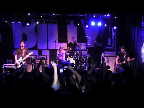 Billy Talent - Devil in a Midnight Mass Live in Brighton