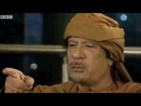 """Mohamed Rissani chante avec Kadhafi """"Ga3ida Ga3ida yes"""