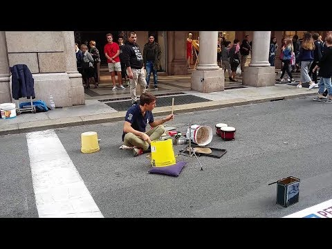 Talented  Drummer In Full Boom At Via Roma, Torino | The Little Drummer Boy (Perfect Version)