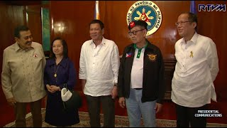 Duterte meets with ex-presidents at national security meeting