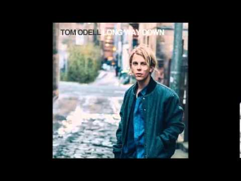 Tekst piosenki Tom Odell - I Think It's Going To Rain Today (Cover) po polsku