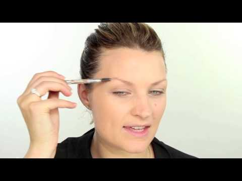techniques - Get the look you love this fall. Sam uses the Real Techniques essential foundation brush to apply liquid foundation all over her face. She uses the Real Techniques deluxe crease brush to apply...