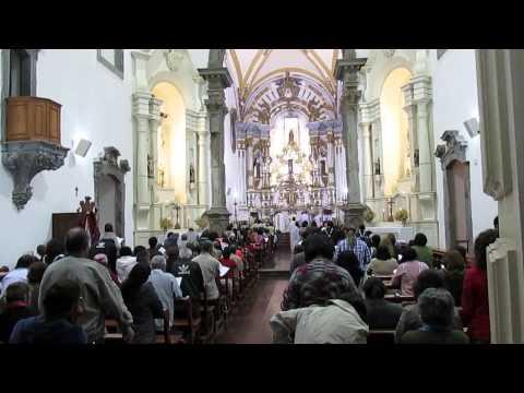 Ritual Católico na igreja Nossa Senhora do Carmo em Mariana - MG