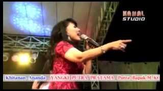 Oleh-oleh By Rita Sugiarto di MAHASWARA Live Karawang