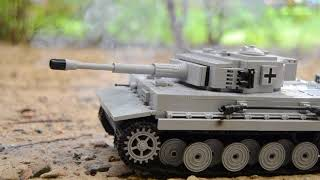 WW2 Tank battle / Tiger vs. T-34 ( Lego )