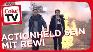Dner und Rewi als Actionheld | #CokeTV Moments - YouTube