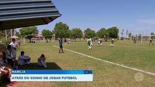 Crianças realizam sonho de jogar na escolinha do Santos em Marília