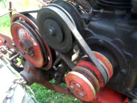 david bradley tractor - Up close look and explaination of the speed changer mechanism used on the 1958 David Bradley Tractor.
