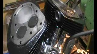 9. Indian Chief 1948 - Engine.