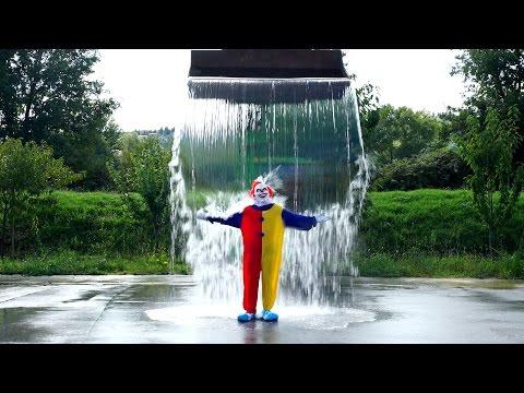 Video El payaso de las cámaras ocultas también se sumo al Ice Bucket Challenge. Y lo hace a lo gran de Entretenimiento