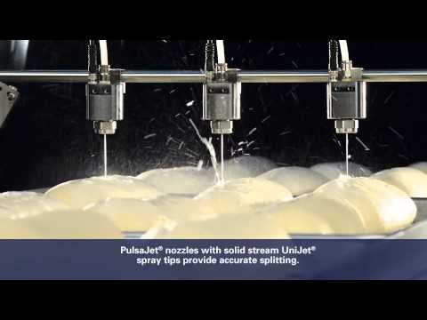 Bread scoring with PulsaJet® Nozzles