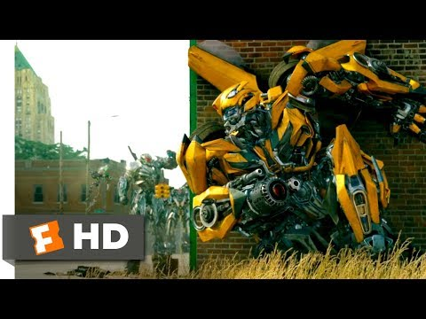 Transformers: The Last Knight (2017) - The Town Battle Scene (2/10) | Movieclips