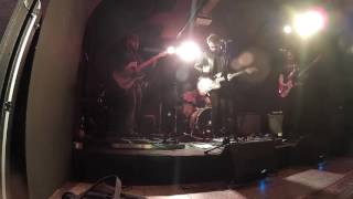 Video The Sculptures - Straighten Up (Live Hudební sklepy Boskovice)
