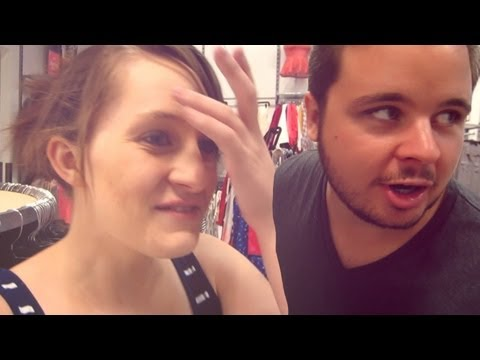 MOMS VS. TEENYBOPPERS (9.4.13 - Day 222)