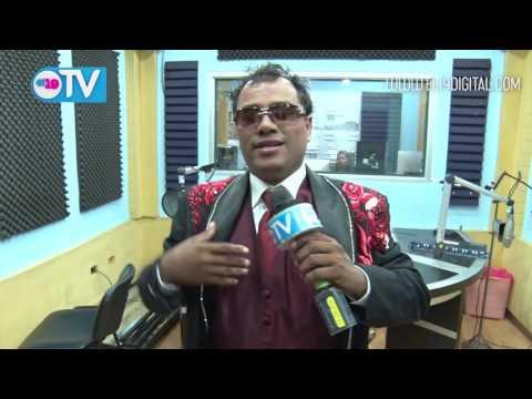 Juan Gabriel Nica canta para El 19 Digital