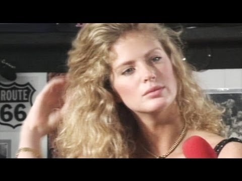 Back in the Day: Newlywed Rachel Hunter faces the press
