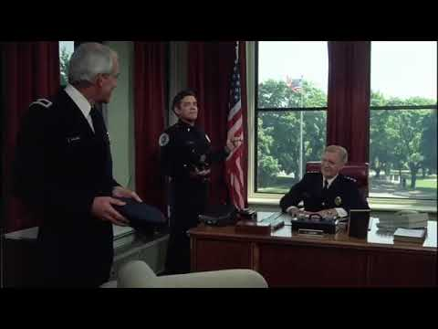His laugh made me laugh CAPTAIN HARRIS  POLICE ACADEMY FUNNY 2