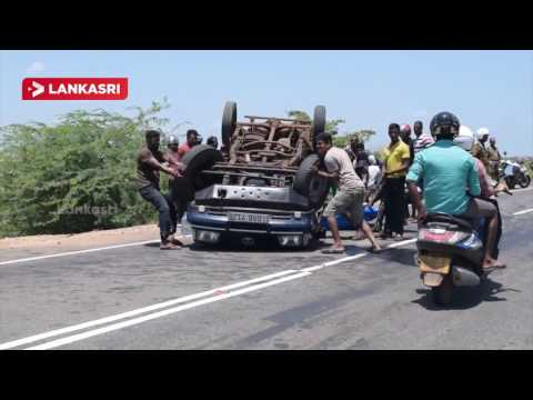 Main-road-accident-in-Mannar