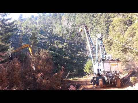 Downhill yarder logging