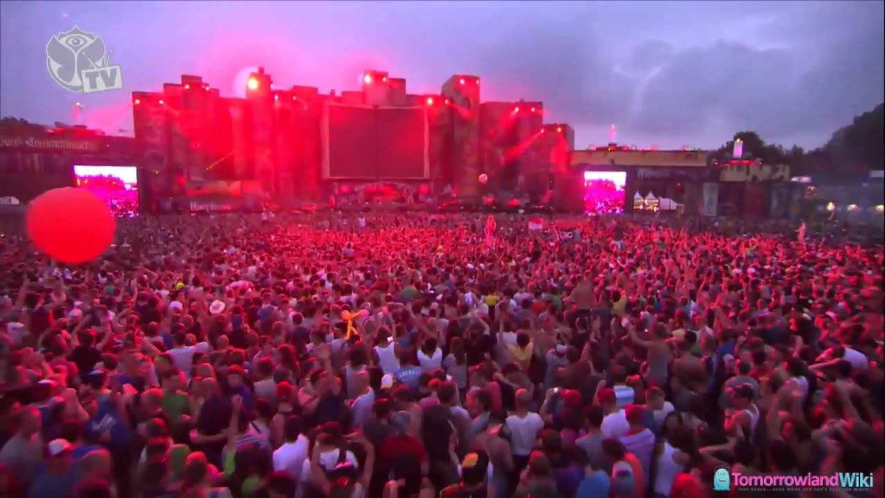 Skrillex - Live @ Tomorrowland 2012