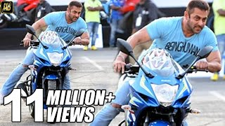Video Salman Khan Riding Sports Bike In Public MP3, 3GP, MP4, WEBM, AVI, FLV Mei 2017