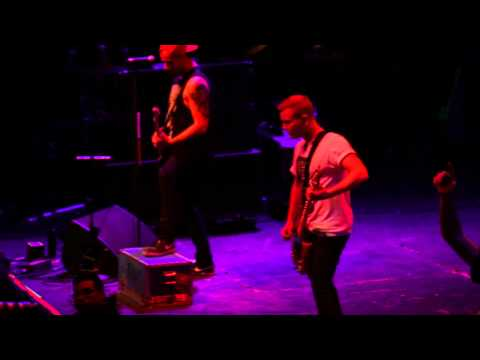 A Day To Remember - My Life For Hire (LIVE FULL HD Santiago De Chile 2014)