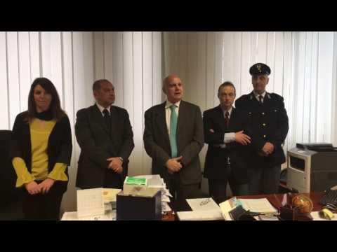 Campli, rapina all'ufficio postale: in arresto due teramani VIDEO