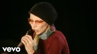 Annie Lennox - A Thousand Beautiful Things - YouTube