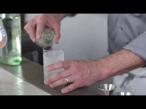 Video – How to make a Gin Fizz