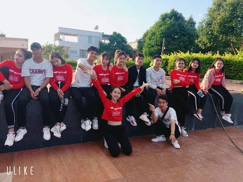 Nhóm Power Team tại đêm Gala Trao giải Aerobic, dân vũ và các nhóm nhảy Kon Tum 2019