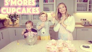 Lihat Keseruan Ibu Bersama Kedua Anaknya Saat Membuat Cupcakes