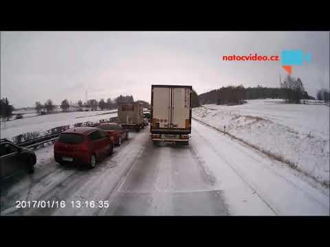 Slovenský machr na D1, tam a zpět, jen aby se nestálo na místě