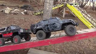 Video Backyard Trail Park - Two Guys Playing with RC 4x4 Trucks - Vaterra & Traxxas MP3, 3GP, MP4, WEBM, AVI, FLV Mei 2019