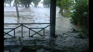 Cyclone Meena, a CAT 5 monster, narrowly misses a direct hit on Rarotonga on 07 Feb 2005 Stormchaser Geoff Mackley was there... more info on ...