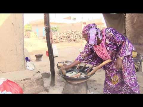 العرب اليوم - شاهد: الفحم مصدر الطاقة الأبرز في باماكو
