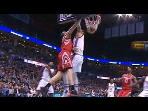 Sam Dekker dunks all over Enes Kanter (Root)