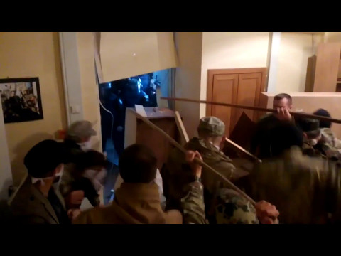 Новороссийские партизаны захватывают киевский штаб героев