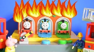 Fireman Sam Episode Thomas and Friends Play-Doh Garage Fire Peppa Pig AMAZING!!