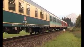 Etliche produktfarbene Züge unterwegs im Allgäu
