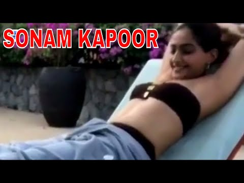 Video Sonam Kapoor private beach holiday New video download in MP3, 3GP, MP4, WEBM, AVI, FLV January 2017