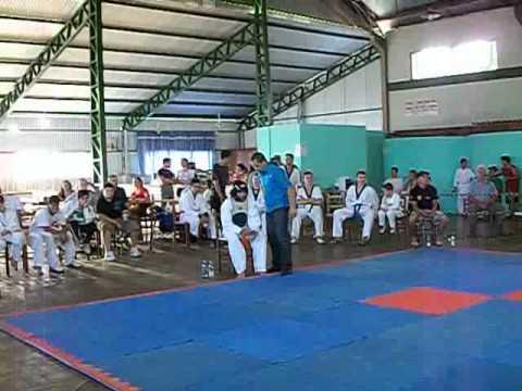 campeonato Victor Graeff-RS   Felipe-Erechim Taekwondo Clube.avi