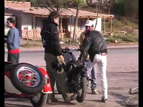 02 - Los Piyus de La Quiaca a Ushuaia en Motos Clasicas - Programa 1 / Bloque 2