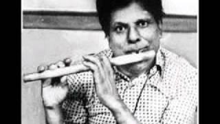 T.R.Mahalingam-Meevalla-Ragam Kapi.wmv