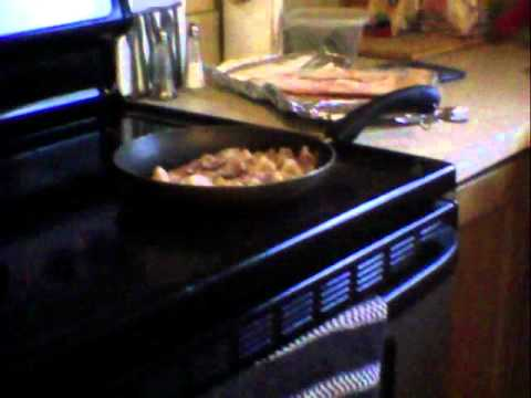 cooking bacon with snargret nall!