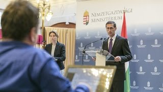 Bank Hungary  city photo : Május végén, júniusban írják alá a szerződést az Erste Bank Hungary megvásárlásáról