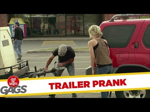 Trailer Refuses to Stay on Hitch Prank - Youtube